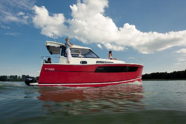 Nautika 830 S - Kompaktowy Półślizgowy Houseboat