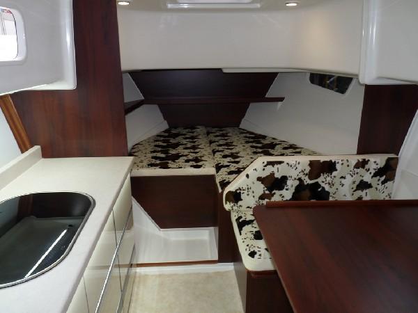 Nautika 830 S - Kompaktowy Półślizgowy Houseboat 5